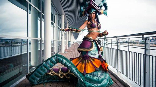 jade_fang_cassiopeia_from_league_of_legends_by_ladymisterya-d6y1apg