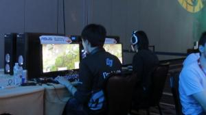 800px-IPL5_Day_3_-_CLG_Doublelift_and_Locodoco