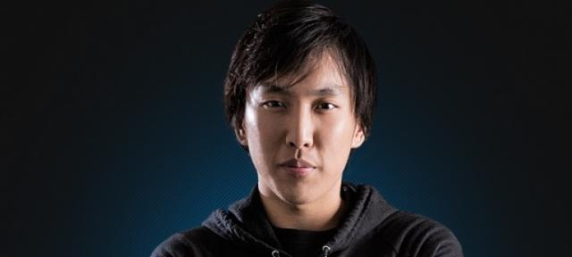 DOUBLELIFT.CLG_lolesports.PP__1