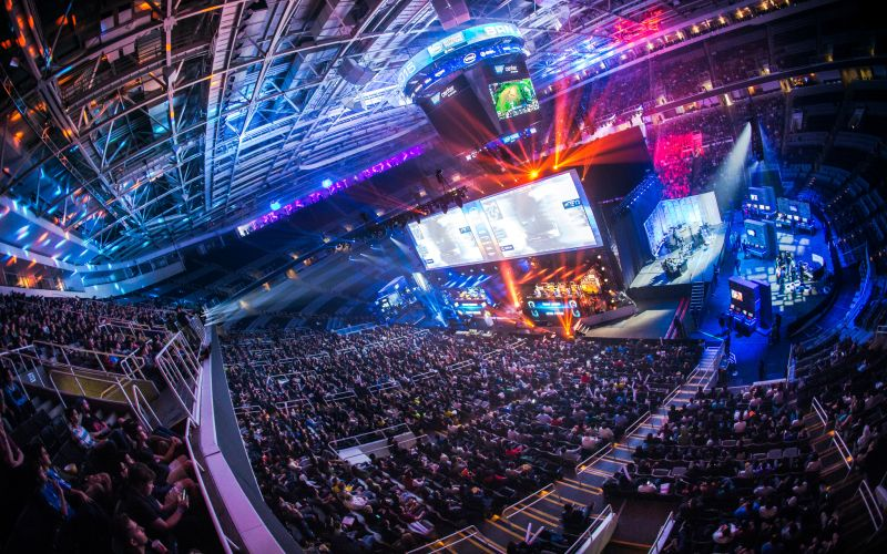 eSports-in-2015-by-the-numbers-Attendance-figures-investments-and-prize-money